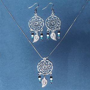 Silver Earing And Necklace With Dreamcatcher